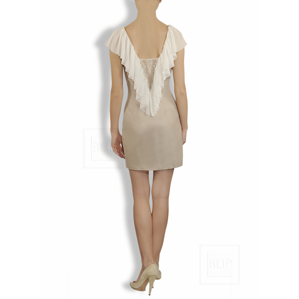 Dress in beige with chiffon