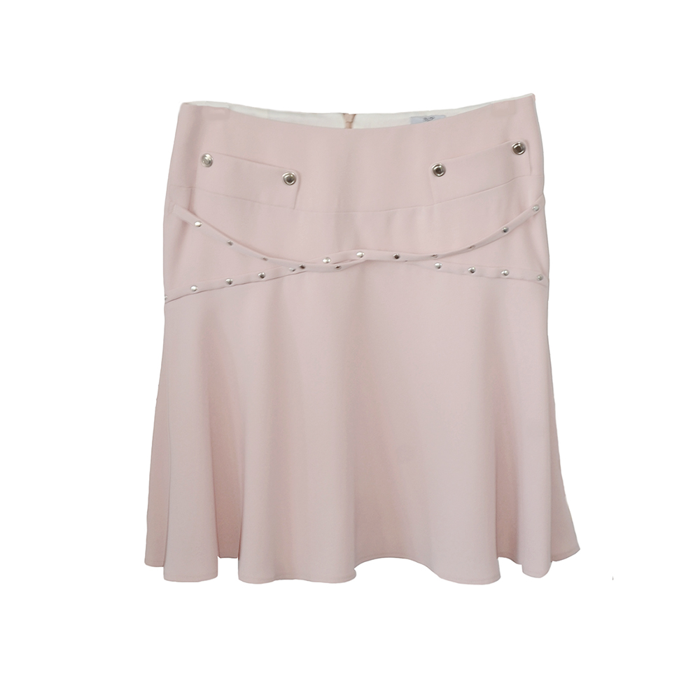 Flared skirt with metal caps